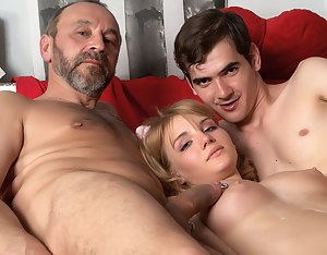 Best Teen Cumshot XXX Pictures