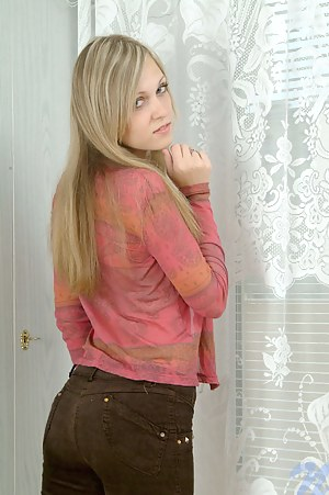 Best Blonde Teen XXX Pictures