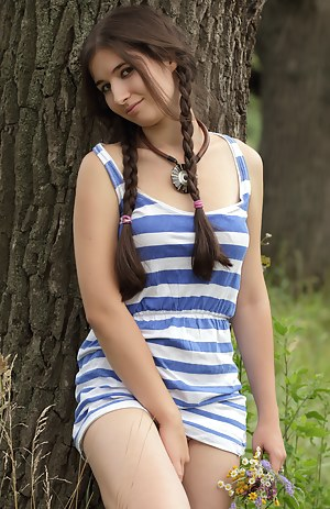 Best Teen Dress XXX Pictures