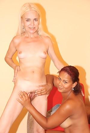 Best Lesbian Teen Interracial XXX Pictures