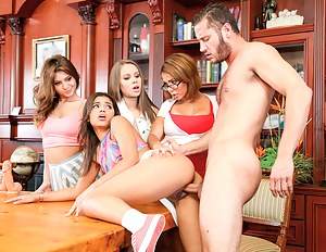 Best Teen School XXX Pictures